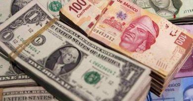 Dólar a la baja se desploma 1.01%