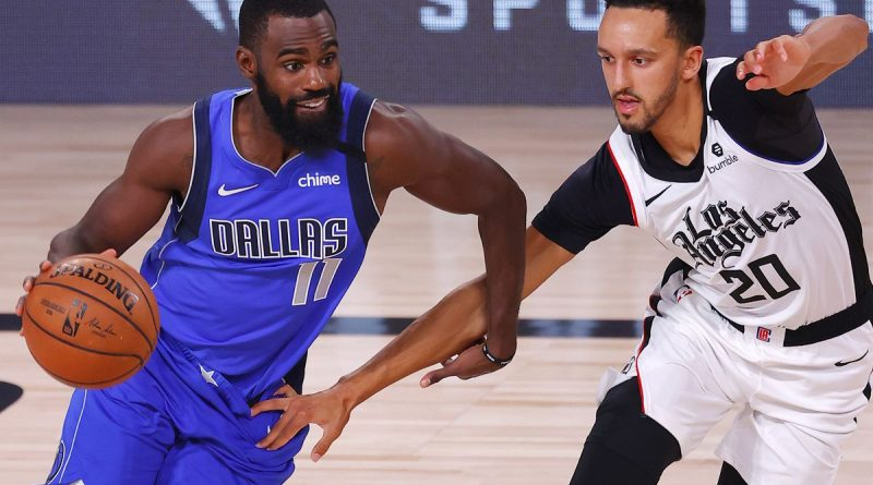 Clippers vencen a Mavericks